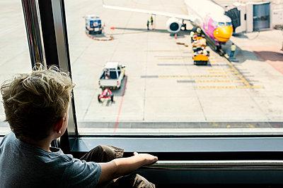 Airport - p890m972833 by Mielek