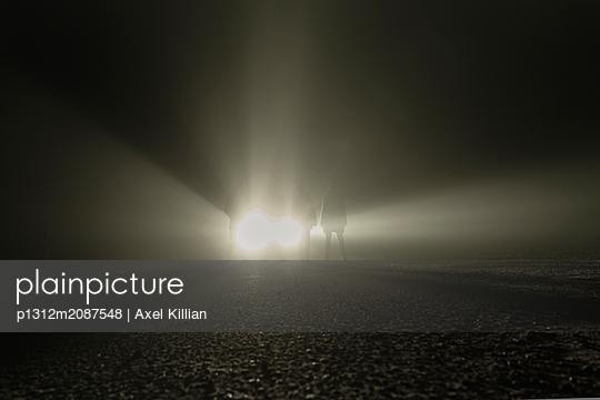 p1312m2087548 by Axel Killian