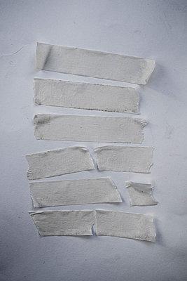 Masking tape - p1228m1193812 by Benjamin Harte