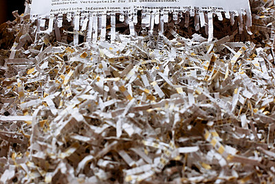 Shredded documents - p728m729069 by Peter Nitsch