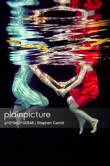 Sisters Underwater  - p1019m2100548 by Stephen Carroll
