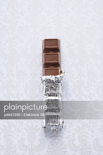 Chocolate bar - p4641030 by Elektrons 08