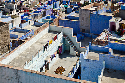 Square Rooftops in Indian City - p1072m941386 by chinch gryniewicz