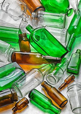 Einwegflaschen - p509m1464845 von Reiner Ohms