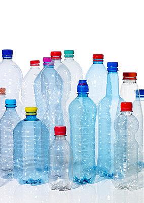Einwegflaschen - p509m2141418 von Reiner Ohms