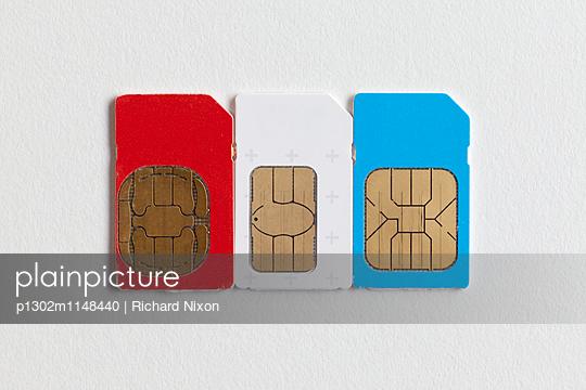 SIM Karten - p1302m1148440 von Richard Nixon