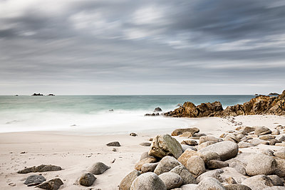 Meeresstrand - p248m1104510 von BY