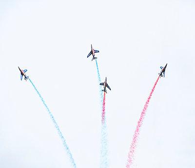 Flugshow, Armée de l'Air, Patrouille de France - p1113m959698 von Colas Declercq