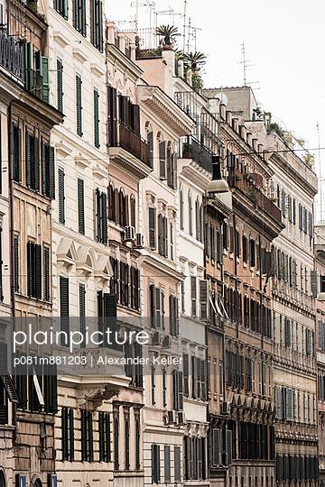 Häuserzeile in Rom - p081m881203 von Alexander Keller