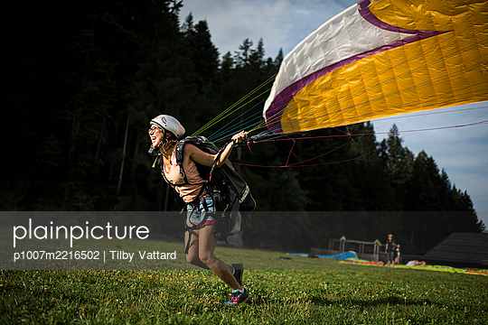 France, Aravis, Paragliding in the Alps - p1007m2216502 by Tilby Vattard