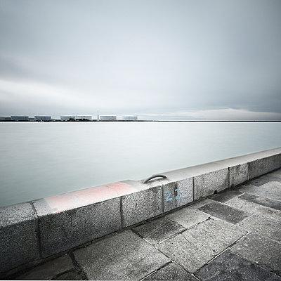 Industriehafen - p1137m940664 von Yann Grancher