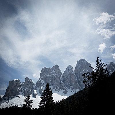 Dolomites - p552m1128411 by Leander Hopf