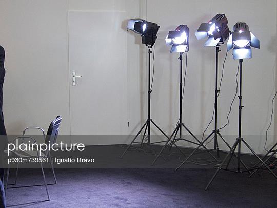 Studio - p930m739561 by Ignatio Bravo