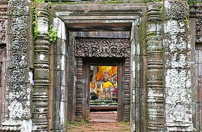 Wat Phu Khumer Temple. - p644m728153 by Chris Caldicott