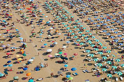 Mass tourism - p719m1104398 by Rudi Sebastian