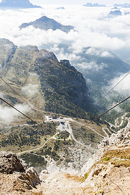 Bergpanorama - p930m938705 von Phillip Gätz
