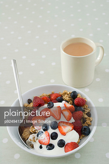 Breakfast - p9249413f by Image Source