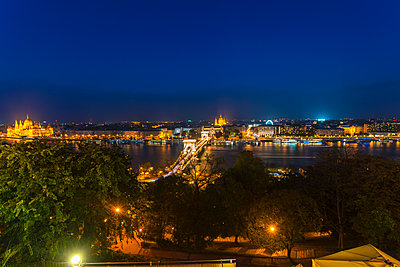 View of Pest with the Széchenyi Chain Bridge at night - p1332m1502319 by Tamboly