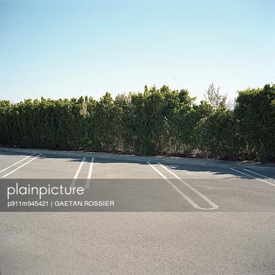 Emplacement réservé - p911m945421 by Gaëtan Rossier