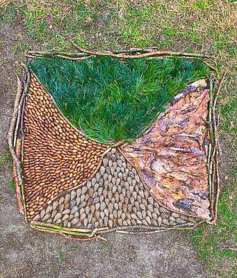 Mandala from natural materials - p958m2290809 by KL23