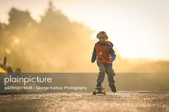 p429m2019848 von George Karbus Photography