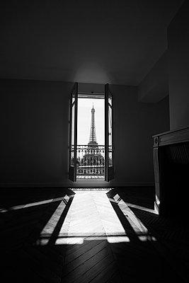 Blick auf den Eiffelturm - p1411m2057762 von Florent Drillon