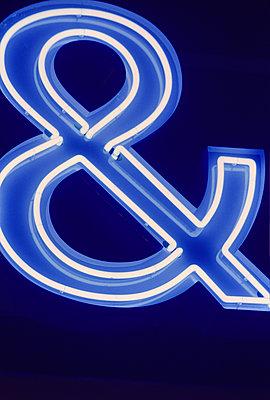 Neon sign & - p1418m1589185 by Jan Håkan Dahlström