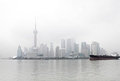 Shanghai - p7980224 von Florian Löbermann