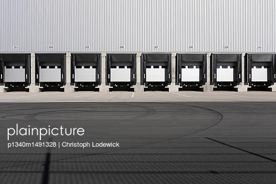 Spedition - p1340m1491328 von Christoph Lodewick