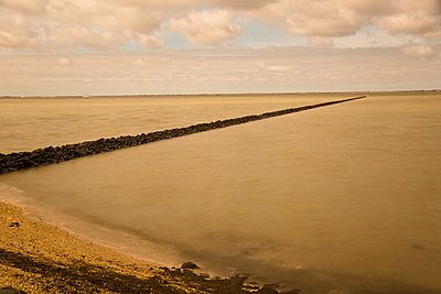 The North Sea - p162m794007 by Beate Bussenius