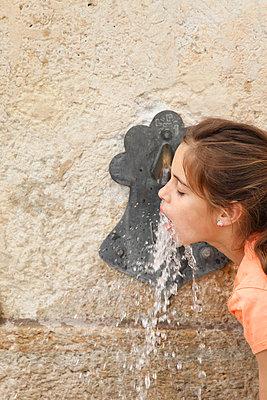 Thirst - p249m1072904 by Ute Mans