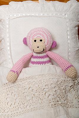 Crocheted blanket - p451m907508 by Anja Weber-Decker