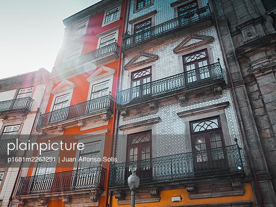 Portugal, Porto, Town houses - p1681m2263291 by Juan Alfonso Solis