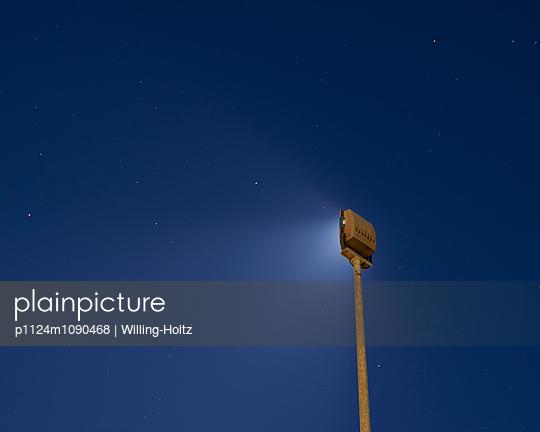 Sternenhimmel und Strahler - p1124m1090468 von Willing-Holtz