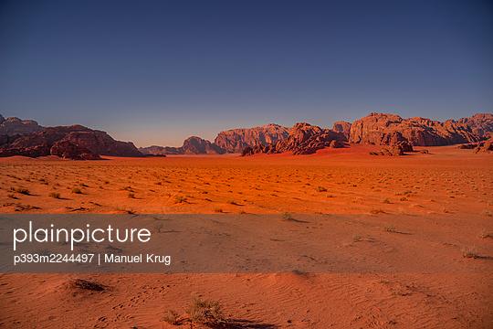 Jordan, Desert and rocks - p393m2244497 by Manuel Krug