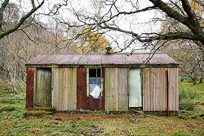 Abgelegene Hütte - p587m1091775 von Spitta + Hellwig
