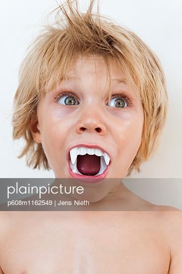 Kindheit - p608m1162549 von Jens Nieth