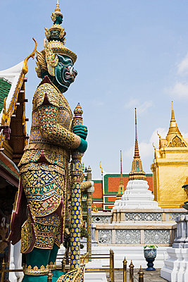 Guardian statue at wat phra kaeo - p9245730f by Image Source