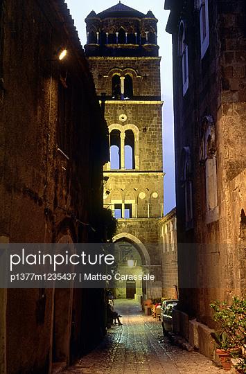 p1377m1235437 von Matteo Carassale