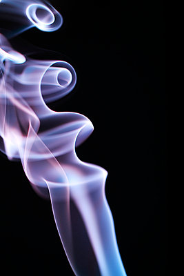 Rauchformen - p179m741596 von Roland Schneider