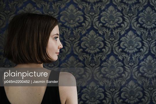 p045m2200452 by Jasmin Sander