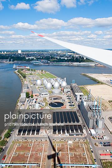 Stromerzeugung direkt beim Verbraucher - p1079m1584114 von Ulrich Mertens