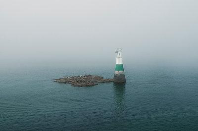 Leuchtturm von Dahouët - p470m1591904 von Ingrid Michel