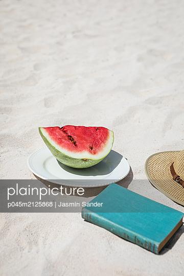 Ein Tag am Strand - p045m2125868 von Jasmin Sander