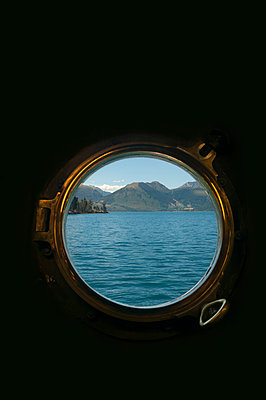 Ausblick auf den Lake Wakatipu - p470m1556408 von Ingrid Michel