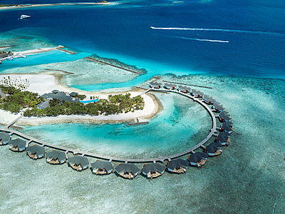 Maldives, Aerial view of water bungalows - p300m2016285 by Konstantin Trubavin
