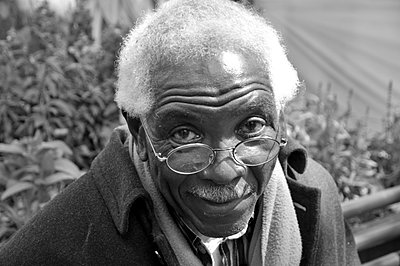 Eldery black man - p096m902946 by Helga Lorbeer
