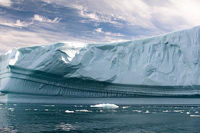 Eisberg am Kap York/Grönland - p1486m2082905 von LUXart