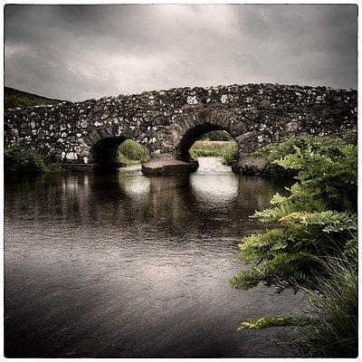 Quiet Man Bridge, Oughterard - p1154m1074114 by Tom Hogan