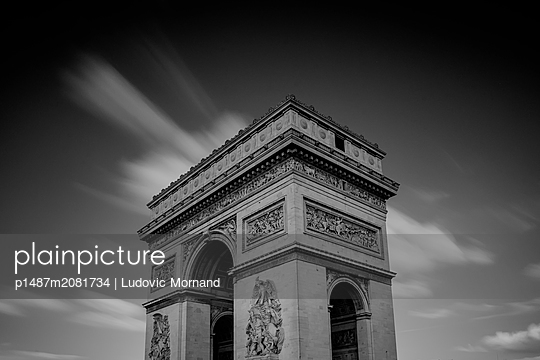 Arc-de-Triomphe in Paris - p1487m2081734 by Ludovic Mornand